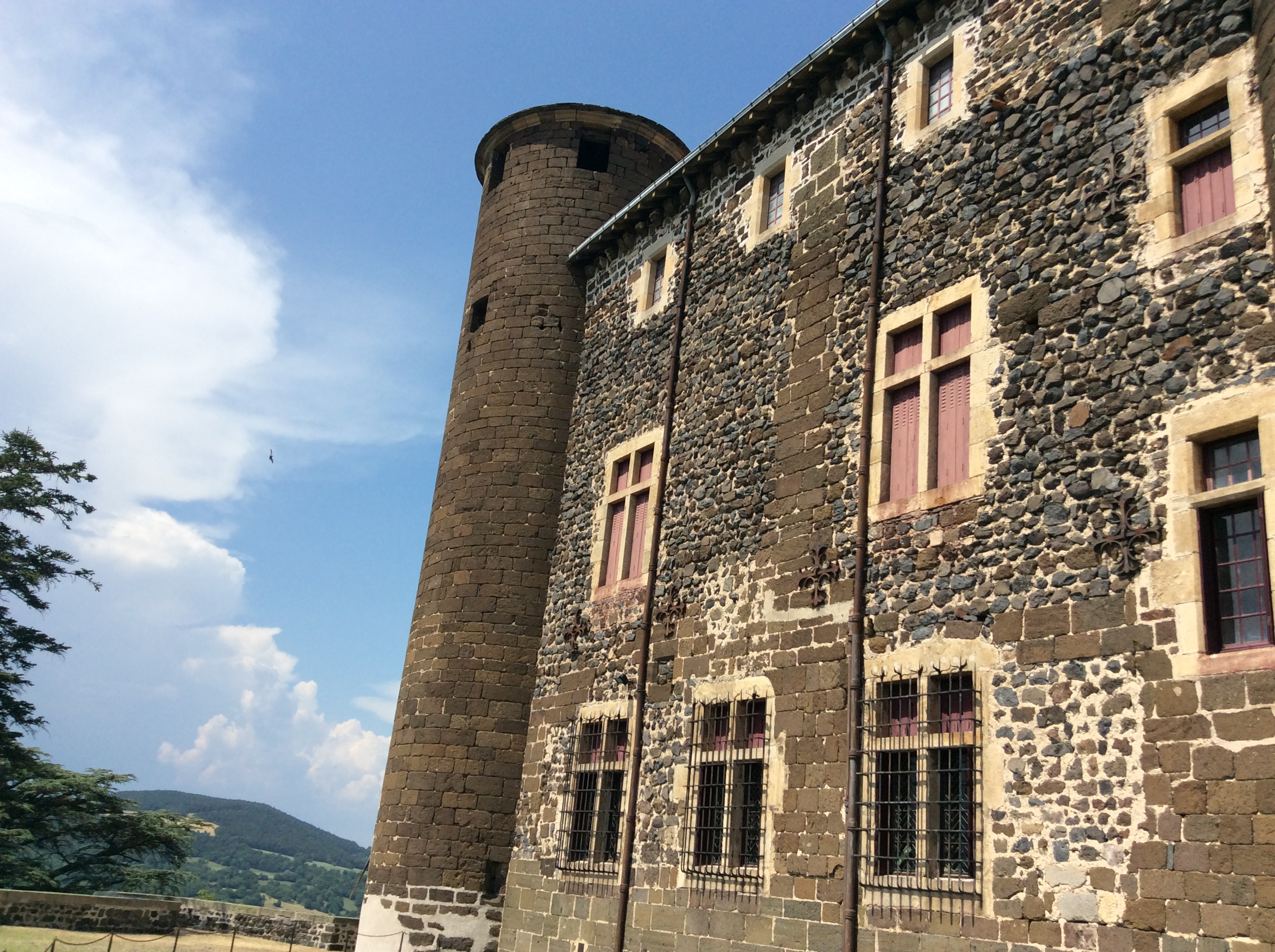 château de bouzols arsac en Velay entretien avec jean louis beaud de brive propriétaire