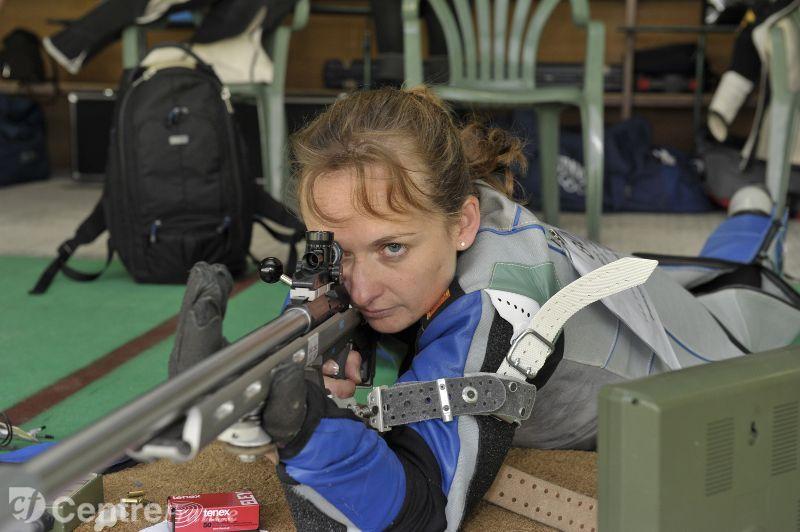 Laurence brize championne de tir retraite de sa carrière internationale