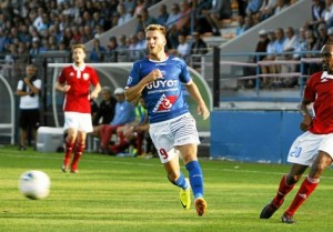 SPORTS . FOOTBALL . NATIONAL . US CONCARNEAU . le concarnois Valentin LAVIGNE (photo C. ROSE)