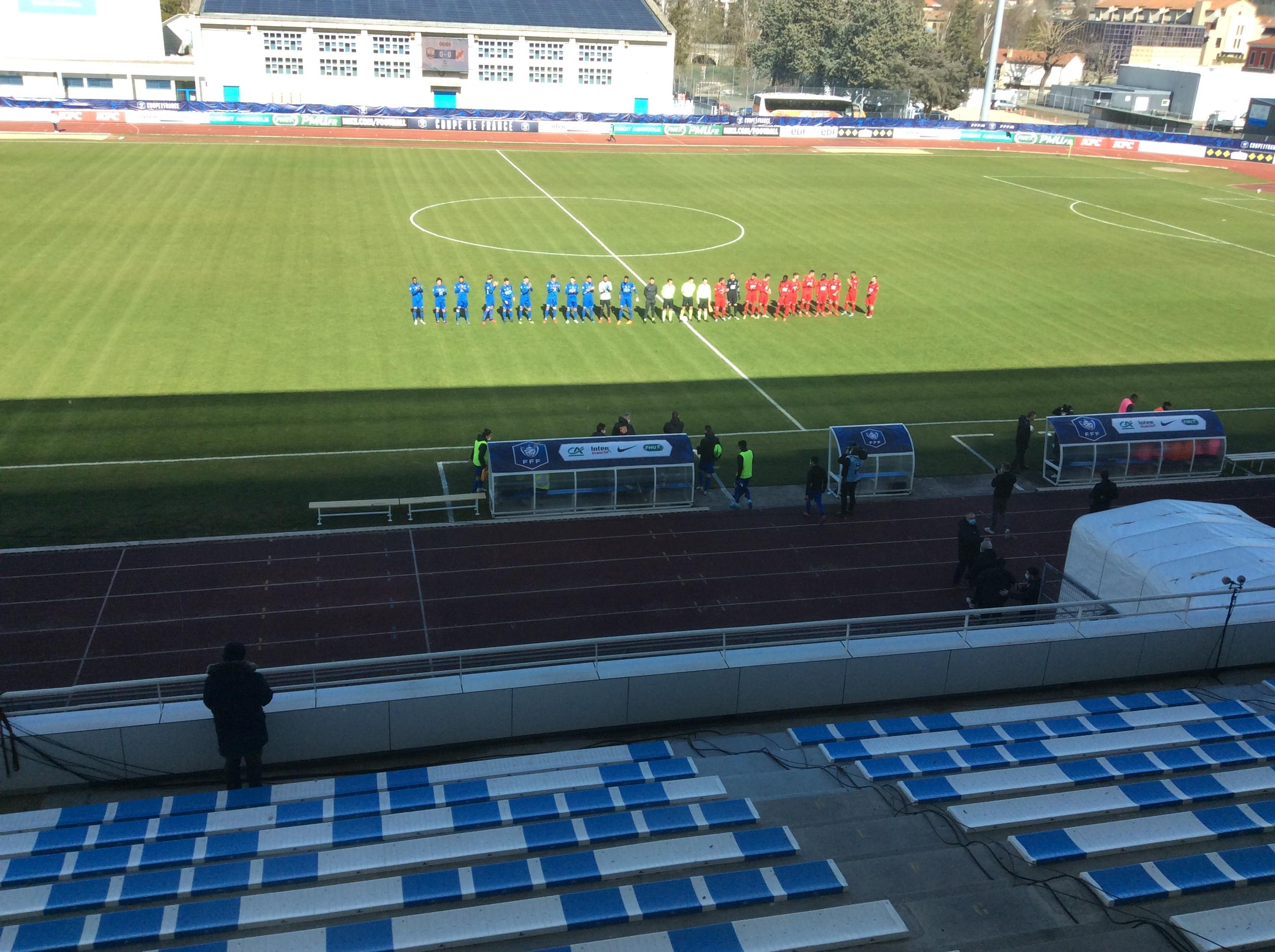32 eme de finale de la coupe de france le puy foot 43 auvergne 0-0chamalieres (le puy qualifie 5-4 au tirs au buts