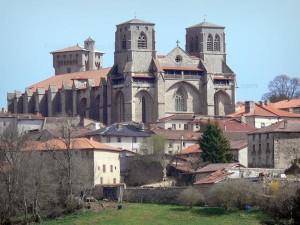 abbaye-chaise-dieu-40458_w600